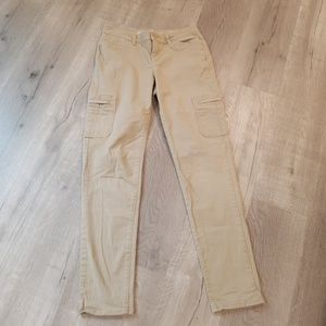 ⭐️ Eddie Bauer beige cargo jeans 2 ⭐️